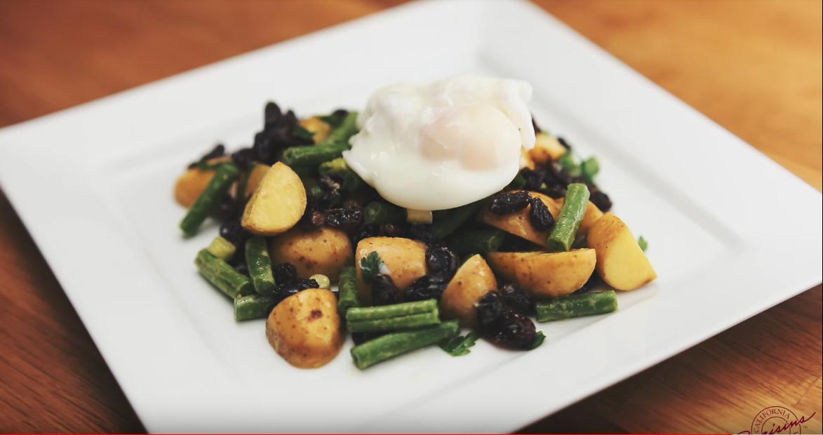California Raisins Kartoffelsalat mit kalifornischen Rosinen - einfach köstlich!